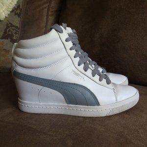 Puma High Top Sneakers Heels Gray White Sz 6.5 EUC